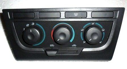 painel-comando-controle-ar-celta-ar-condicionado-automotivo